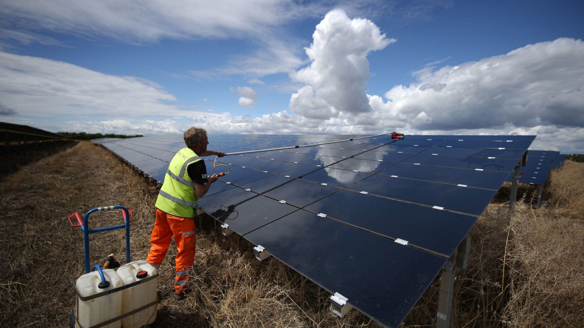 Renewable energy in time of electricity access crises in Mozambique
